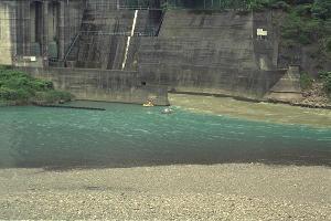 熊野川濁水