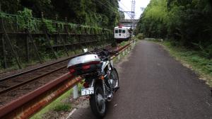 タマ電車とCB400SS