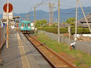 和歌山線下井坂駅