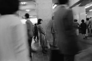 大阪駅ひと模様1975年
