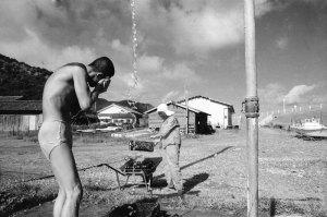 1975年串本町田原海岸