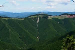 竜神岳の自然
