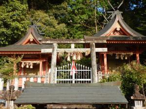 槙尾山明神社
